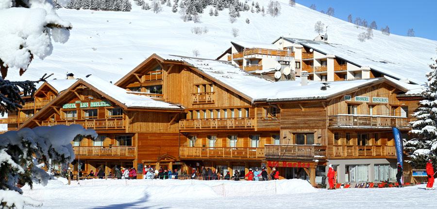 France_Les-deux-alpes_hotel_les_melezes_exterior.jpg